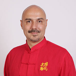 Майстор Станислав Багалев